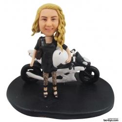 Personalisierte 3D Comicfigur vom Foto mit Motor