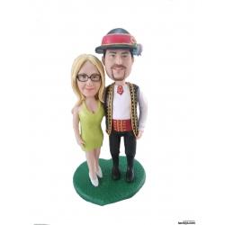 Lustige personalisierte Hochzeitstortenfiguren Liebespaar