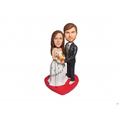 Personalisierte Hochzeitstortenfiguren für Liebespaar Hochzeitstorte mit rotes Herz
