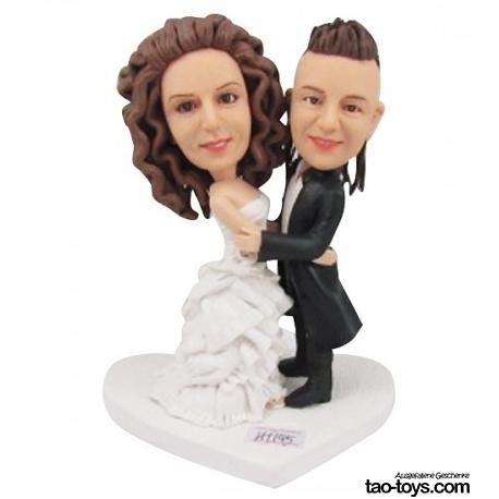 Personalisierte Hochzeitstortenfiguren für Liebespaar Hochzeitstorte mit weißes Herz