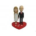 Personalisierte Hochzeitstortenfiguren für Liebespaar Hochzeitstorte rotes Herz