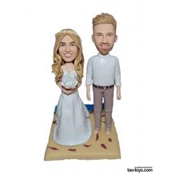 Personalisierte Hochzeitstortenfiguren Liebespaar am Strand